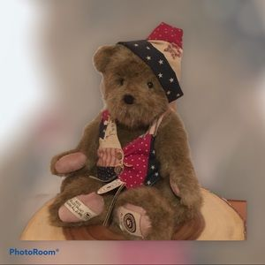 "2008 Retired Boyds Bear ""Georgie"""